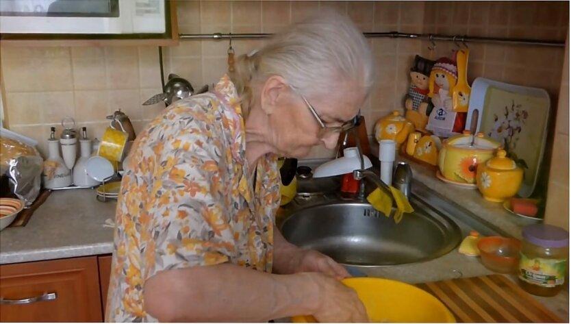Выплата пенсий в Украине, Временная социальная помощь пенсионерам в Украине