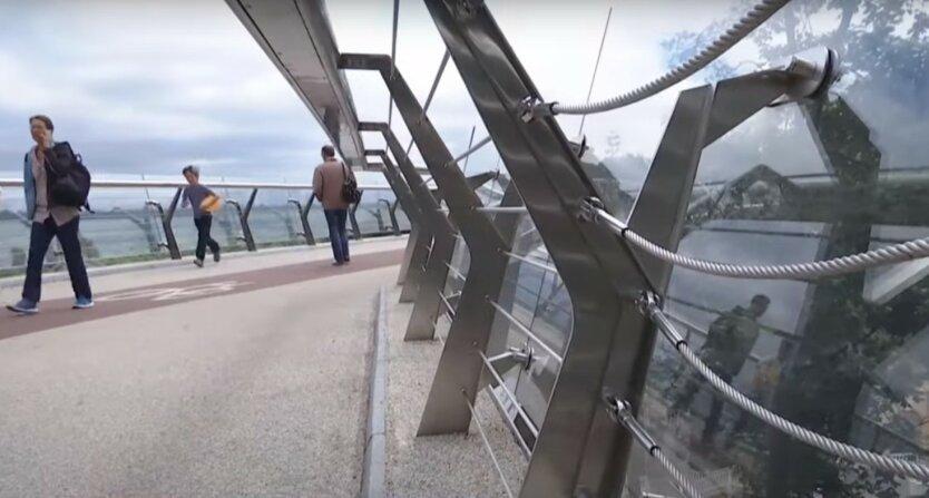 Стеклянный мост Кличко снова «устал»