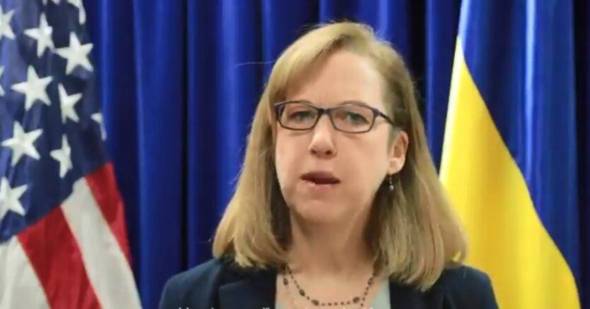 Временный поверенный в делах США в Украине Кристина Квин