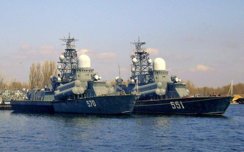 Латвия заметила три российских корабля у своих границ