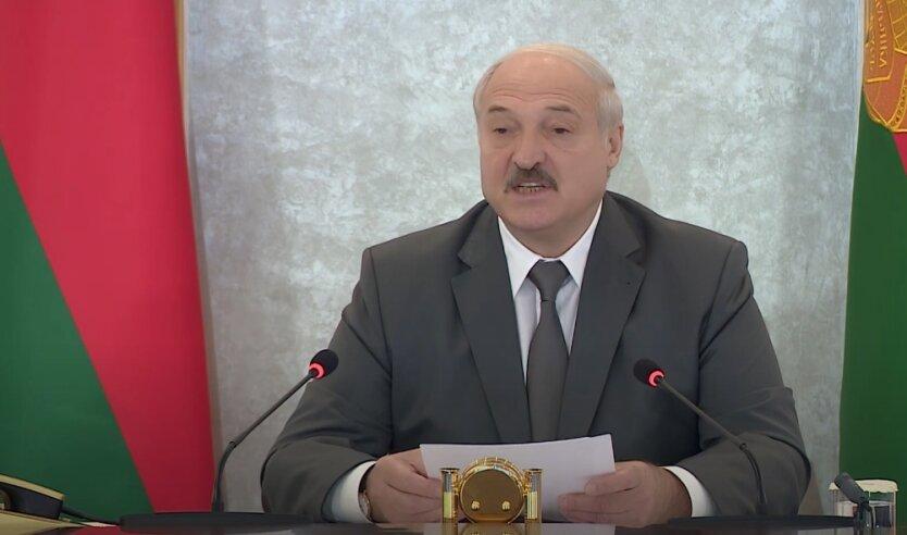 Александр Лукашенко, Беларусь, российские войска