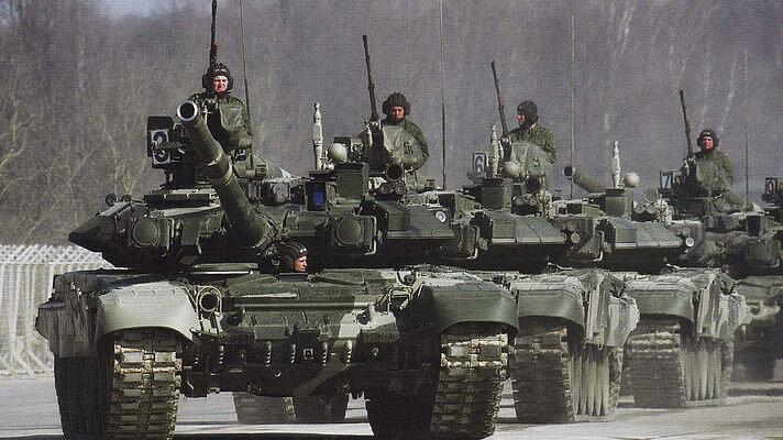 российские военные российские танки