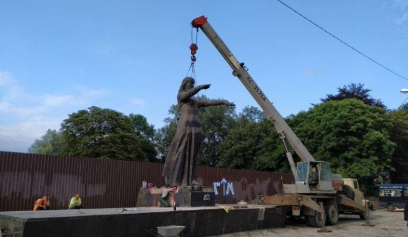 Демонтаж монумента во Львове, мид рф направил ноту протеста