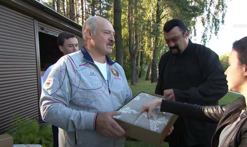 Лукашенко превзошел Путина «дворцами» и элитным автопарком