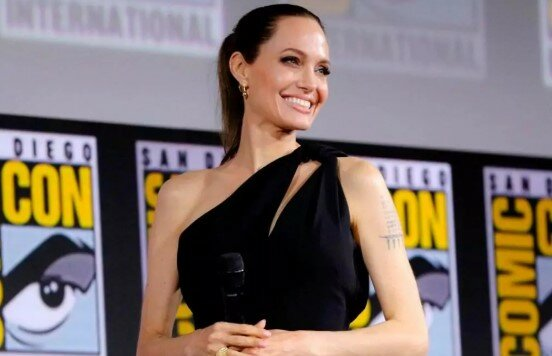 Джоли Marvel