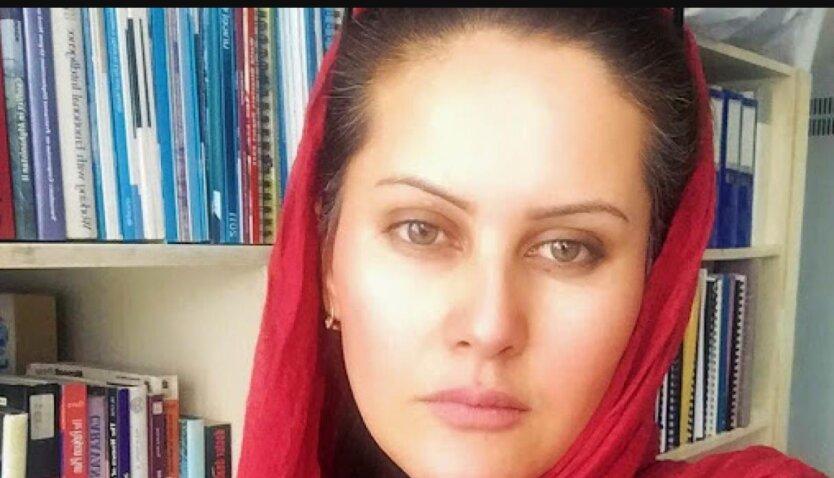 Сахра Карими