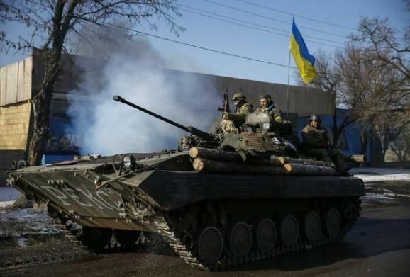 Украинский танк Дебальцево