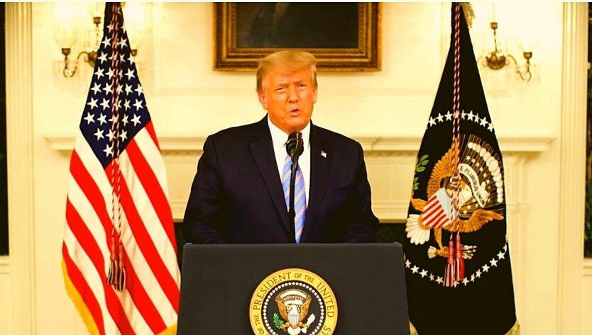 Дональд Трамп в Белом доме делает заявление