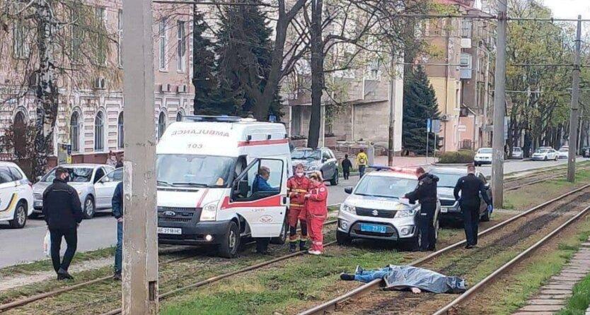 В центре Днепра киллер застрелил мужчину: видео