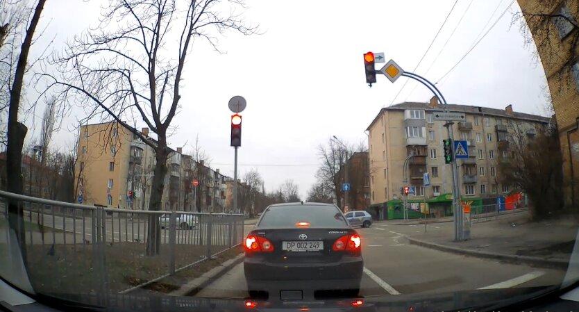 Автофиксация в Киеве, нарушений правил парковки, КГГА