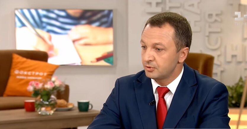 Тарас Креминь, популяризация украинского языка, работа