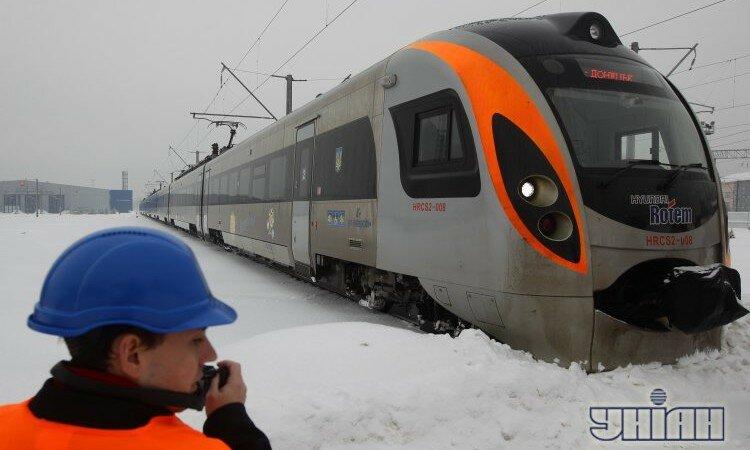 Hyundai Хюндай Хундай поезд Интерсити зима