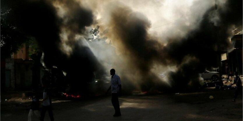 судан протесты