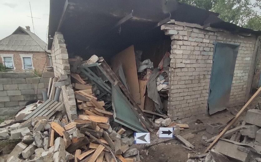 Обстрелы на Донбассе, боевики обстреляли жилые дома