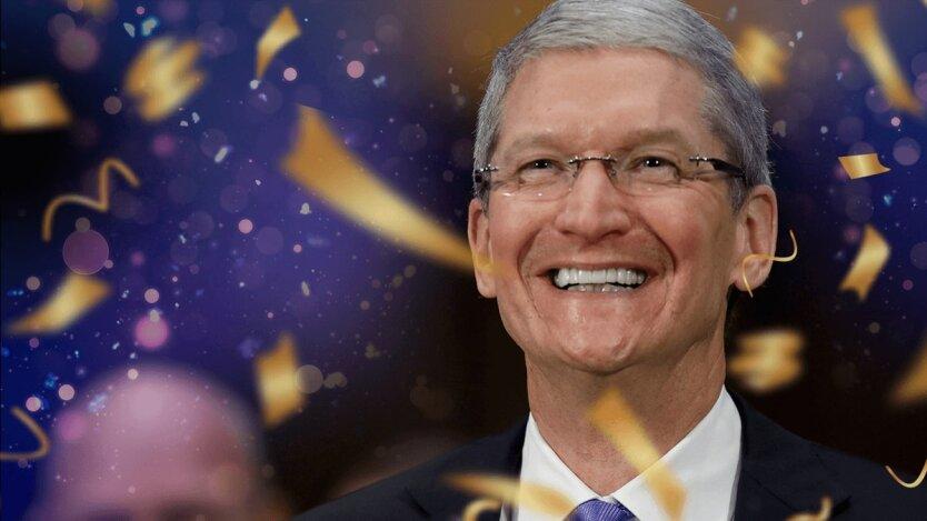 Гендиректор Apple Тим Кук, Apple iPhone SE
