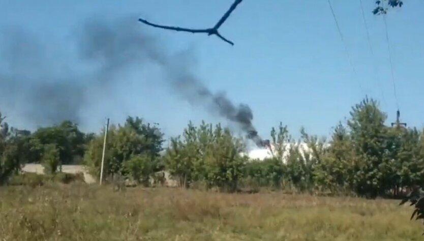 Взрыв на нефтебазе на Донбассе
