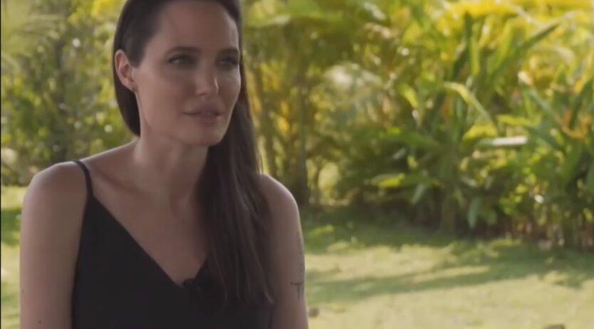 голливудская актриса, Анджелина Джоли, депрессия