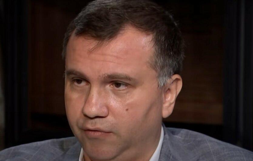 НАБУ объявило в розыск скандального судью Вовка