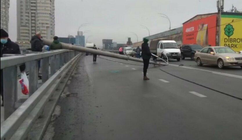 Появились новые детали ЧП на Шулявском мосту
