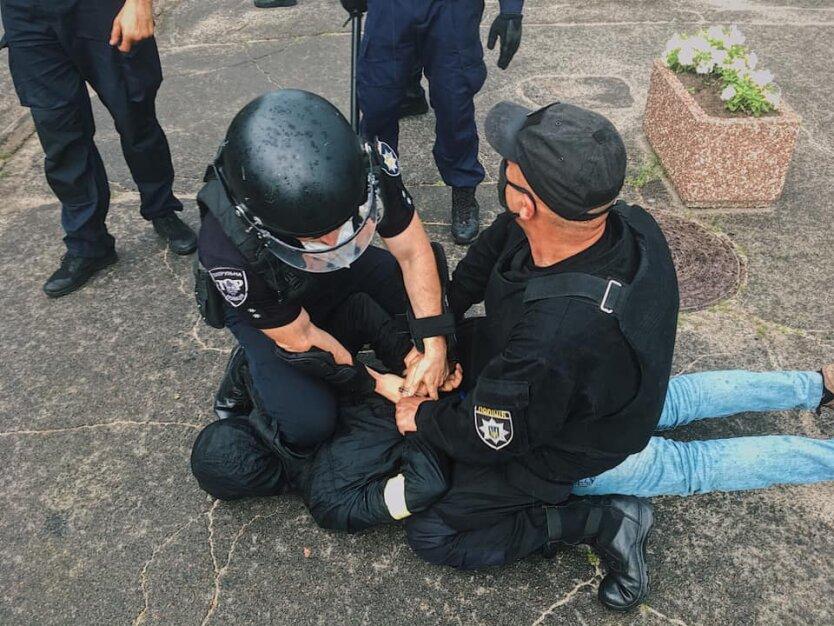 Нацкорпус и полиция