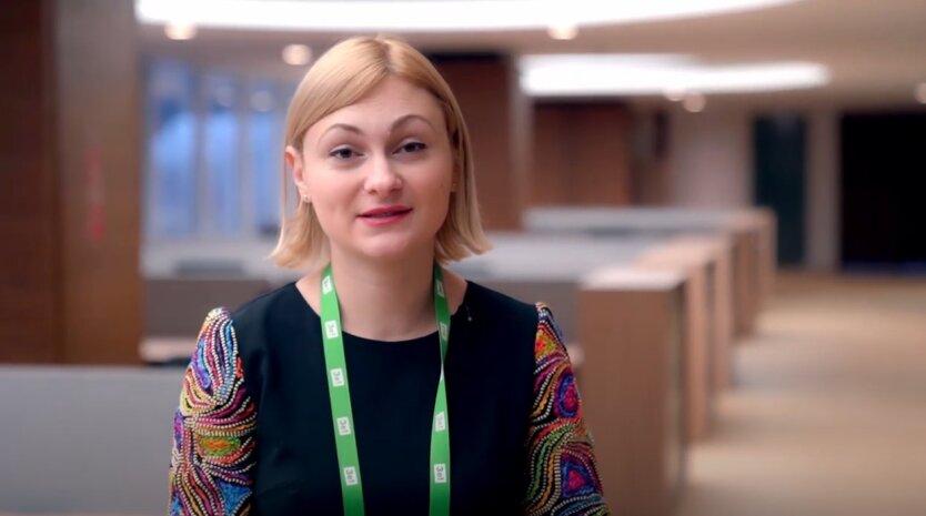 """Евгения Кравчук, """"Слкга народа"""", перевод часов"""