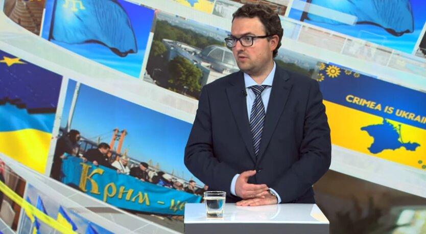 Антон Кориневич, вода в Крым, Россия