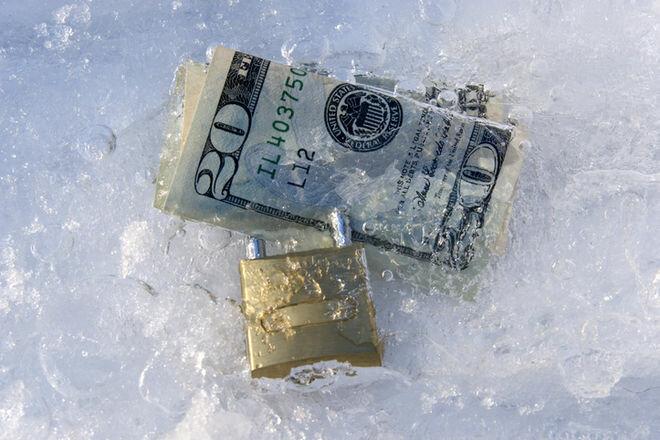 заморозка счета в банке
