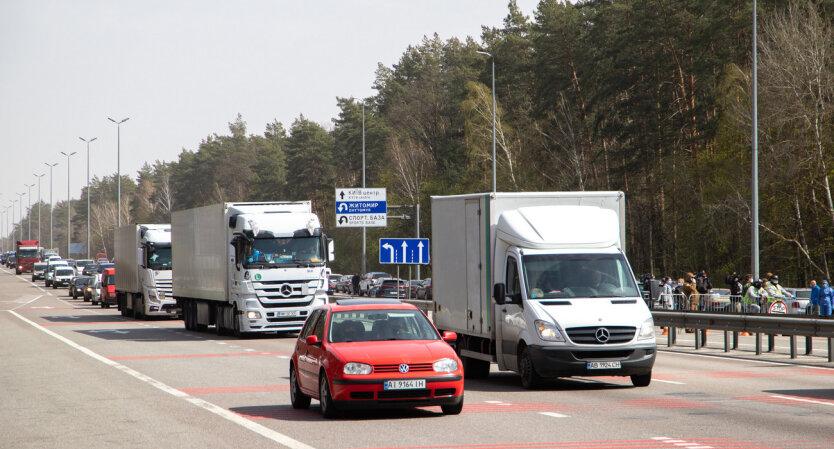 Грузовой транспорт, фото из открытых источников