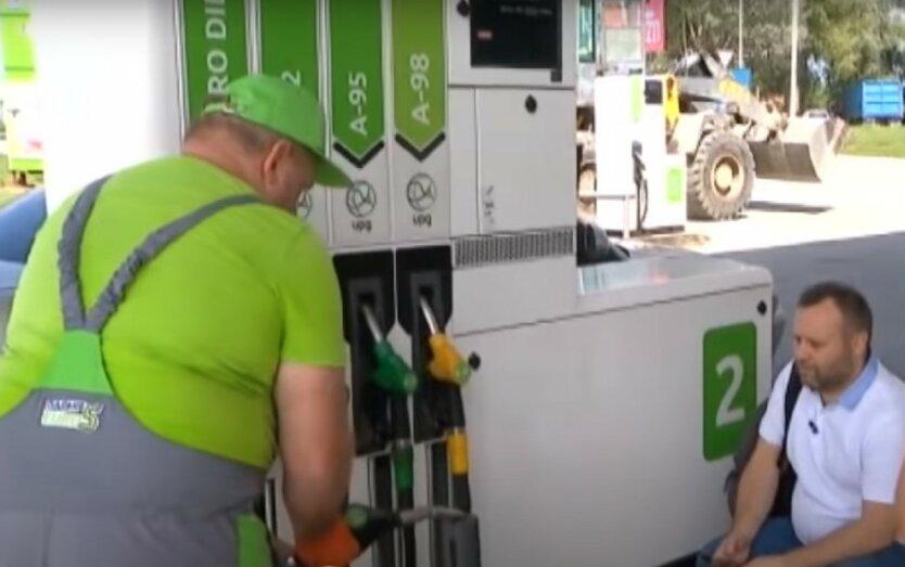 В Украине хотят пересчитать акцизы на бензин и автогаз