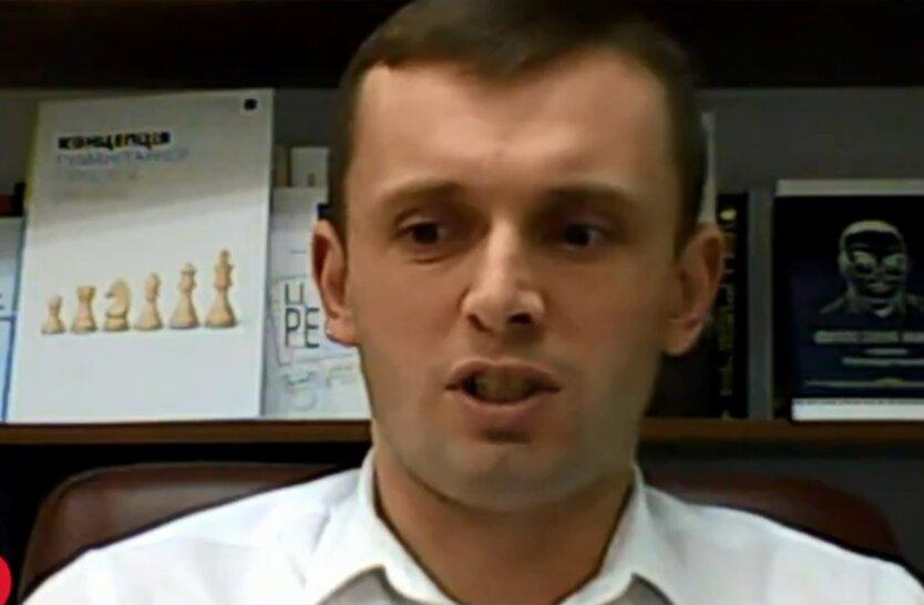 Политический консультант Руслан Бортник