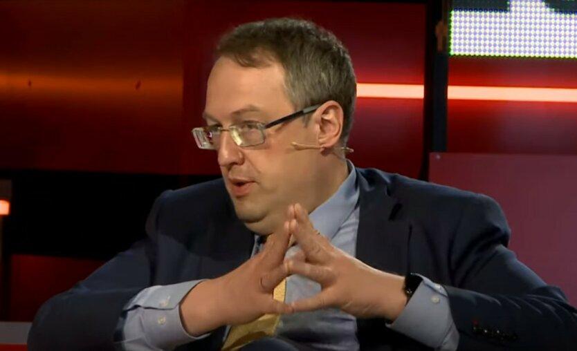 Геращенко и Аваков решили заступиться за полицейских из-за Стерненко