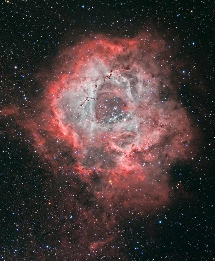 Черные дыры: подтверждено существование излучения Хокинга