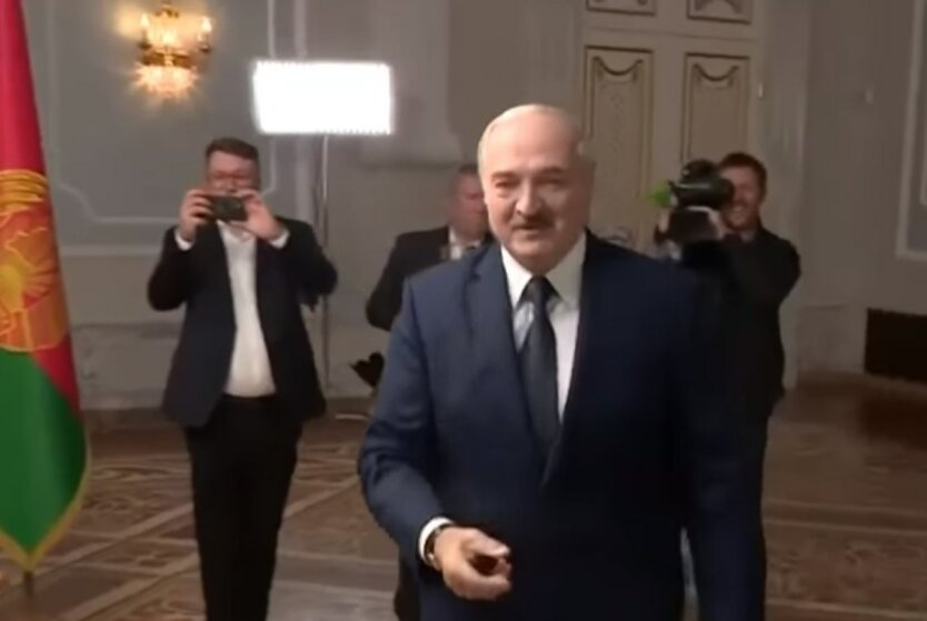 Александр Лукашенко,Протесты в Беларуси,Павел Латушко,Роман Бабаян
