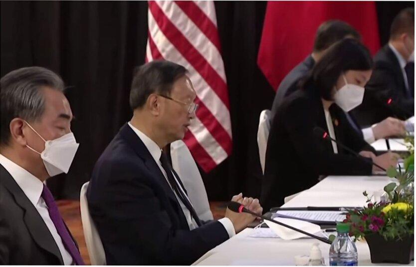 Отношения Китая и США, Украина и Китай, Дмитрий Ефремов, Юрий Романенко