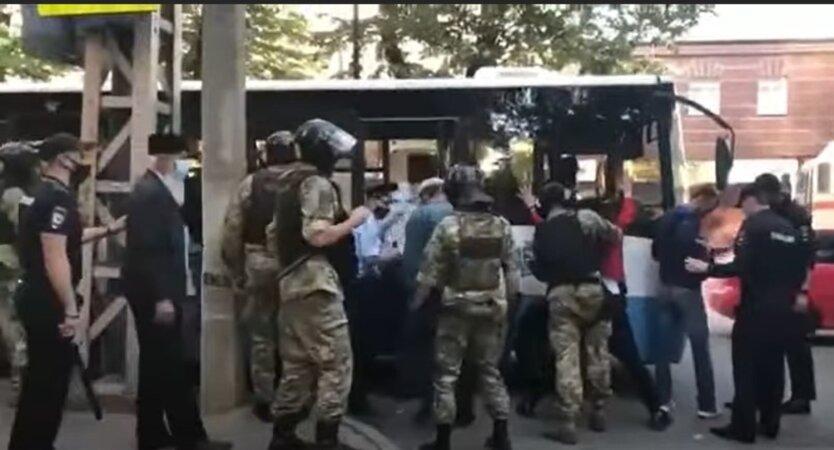 Задержание крымских татар
