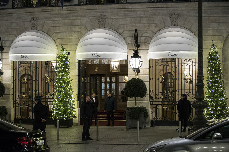 Ritz Carlton hotel in Paris robbed