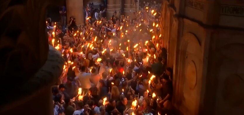Благодатный огонь, Иерусалим, украинская церковь