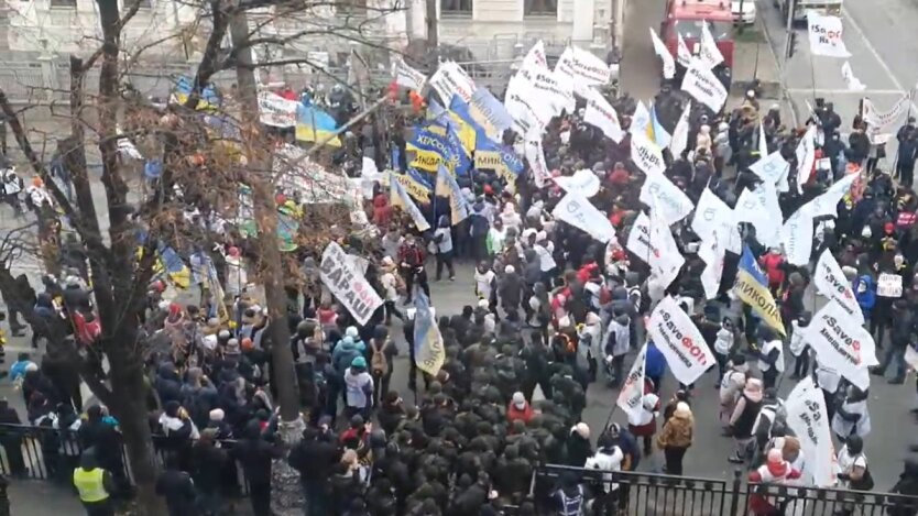 Протесты под Радой, предприниматели, полиция