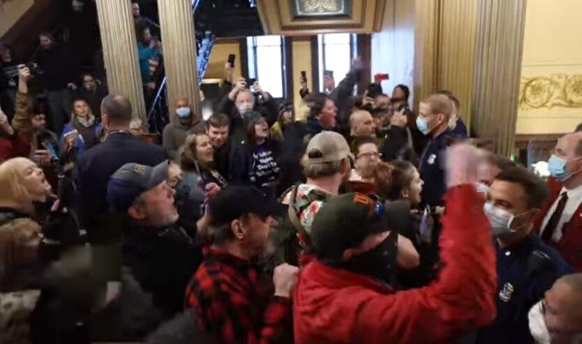 США, Капитолий, коронавирус, карантин, вооруженные протестующие