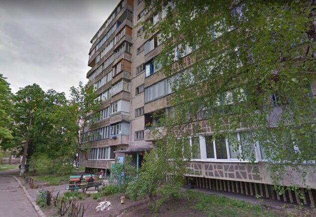 В Киеве оборвался лифт с двумя женщинами: фото