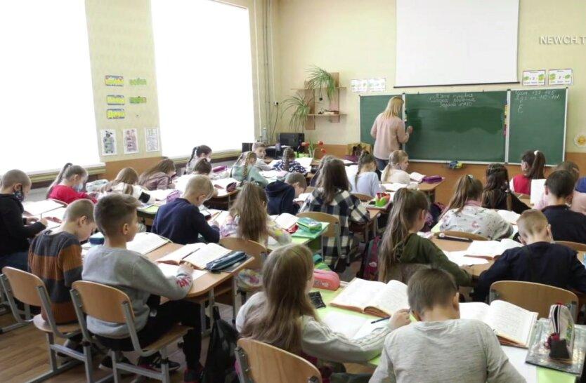 Каникулы в школах, коронавирус в Украине, Игорь Кузин