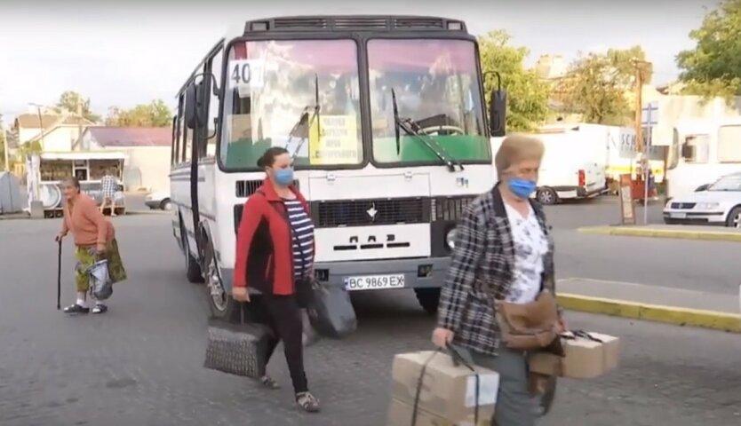 В Украине ввели новые карантинные ограничения