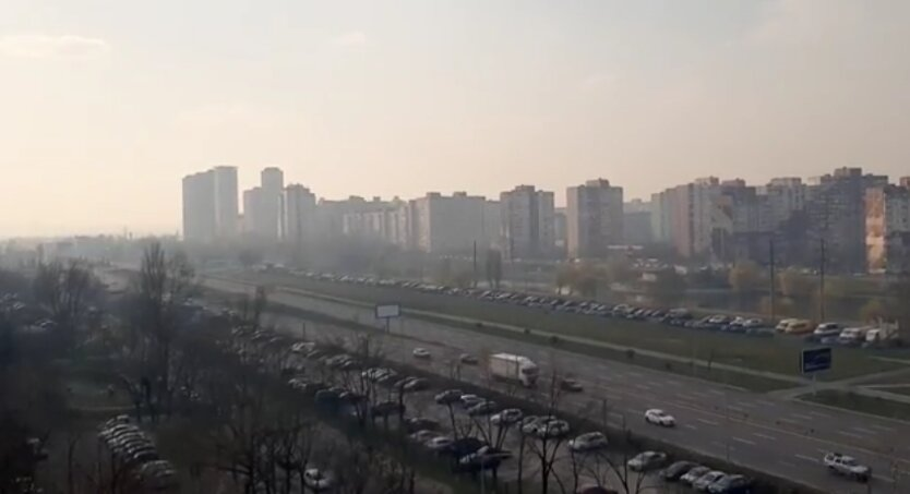 Загрязнение воздуха в Киеве, запах гари в киеве