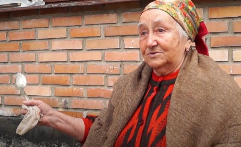 Пенсионеры на Донбассе
