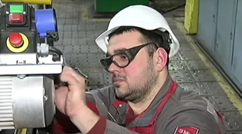Украинцам показали катастрофический уровень зарплат в стране