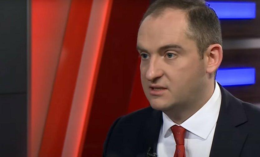 СБУ пришла с обысками к экс-налоговику Верланову