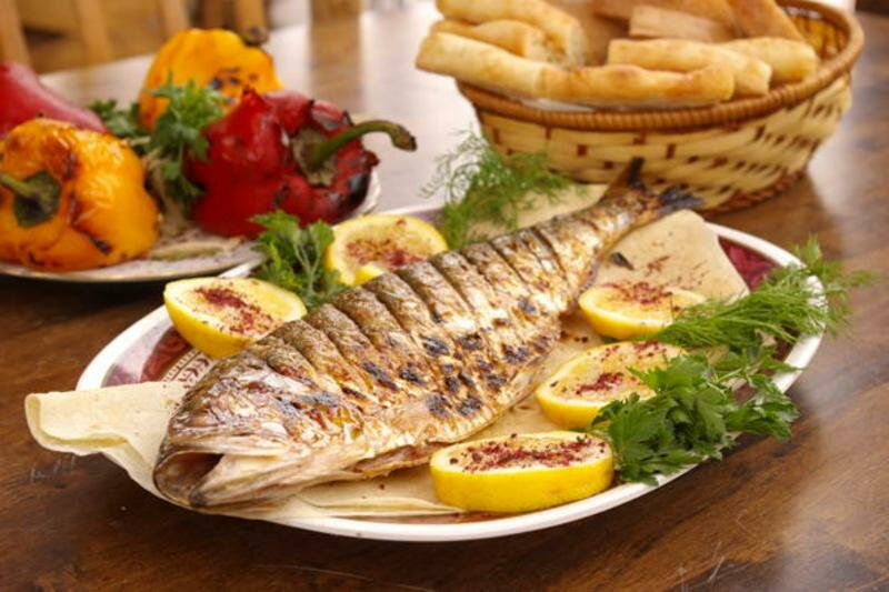 рыба еда хлеб овощи пища