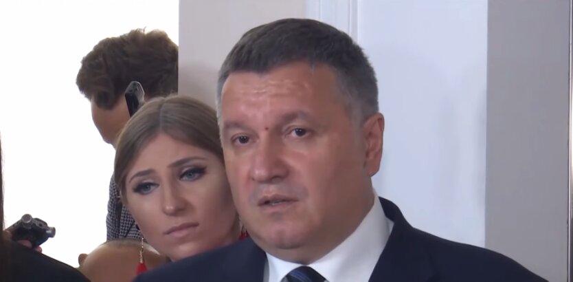 Арсен Аваков, карантин, коронавирус