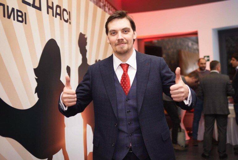 Гончарук заявил про массовые обыски в подпольных казино