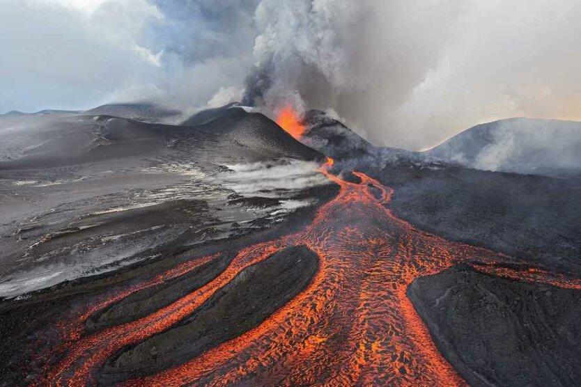vulkan_magma